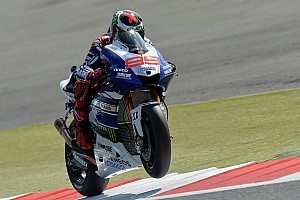 Superb start for Lorenzo at Silverstone
