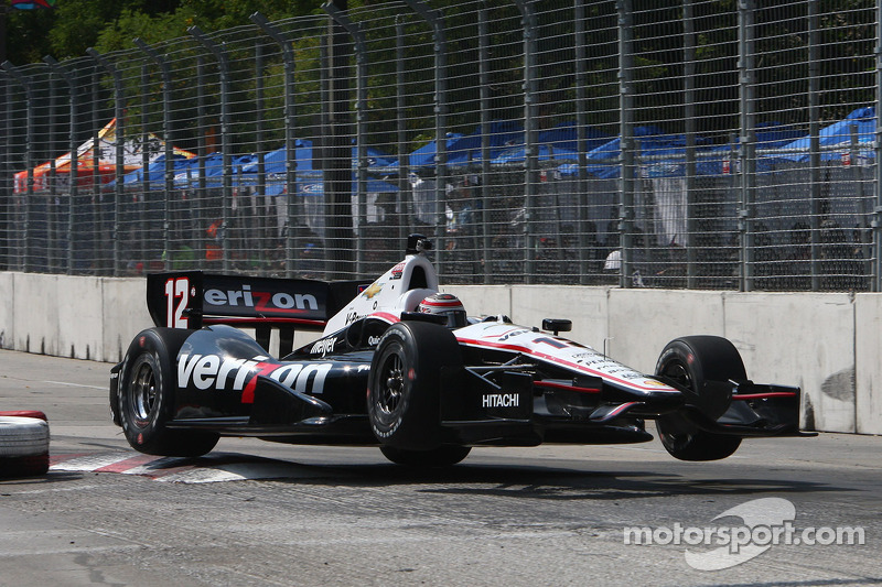 Team Penske's Power and Castroneves hit the streets of Baltimore for Friday practice