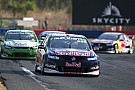 Craig Lowndes cements favouritism for Sandown 500