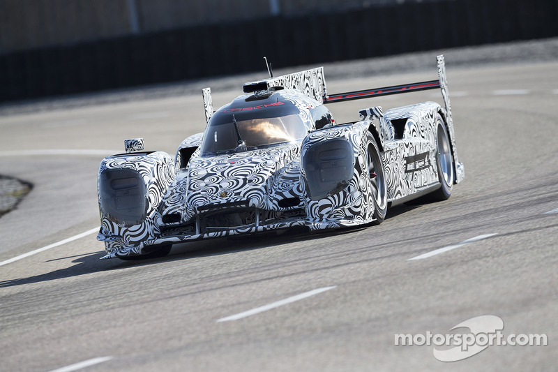 Porsche forms its LMP1 works team for the WEC in 2014