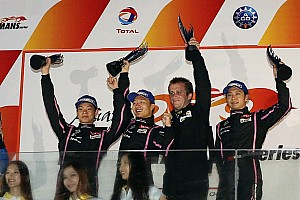 Ho-Pin Tung passes the checkered flag sealing victory at Zhuhai