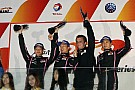 Ho-Pin Tung passes the checkered flag sealing victory at Zhuhai