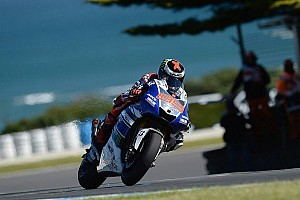 MotoGP Qualifying report Lorenzo smashes lap record for pole in Philip Island
