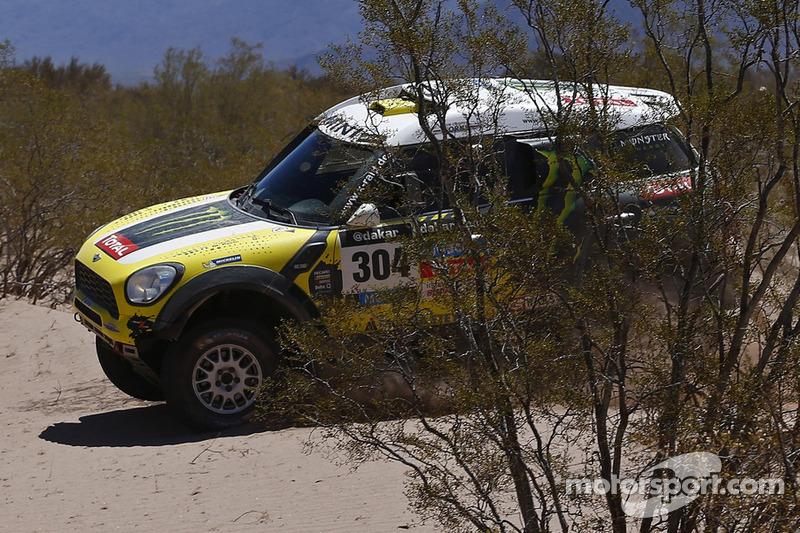 "Joan ""Nani"" Roma claims second day victory in the MINI ALL4 Racing"