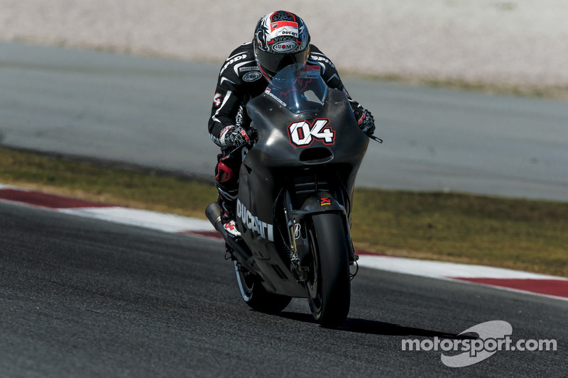 Ducati Team make progress in second day of Sepang testing