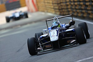 F3 Breaking news King returns to Carlin