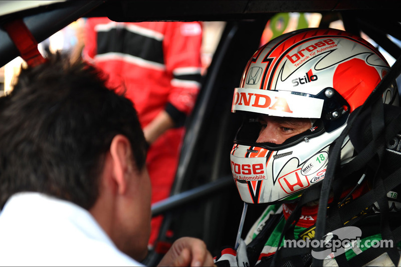 Tiago Monteiro reflects on testing the new Honda Civic in Barcelona