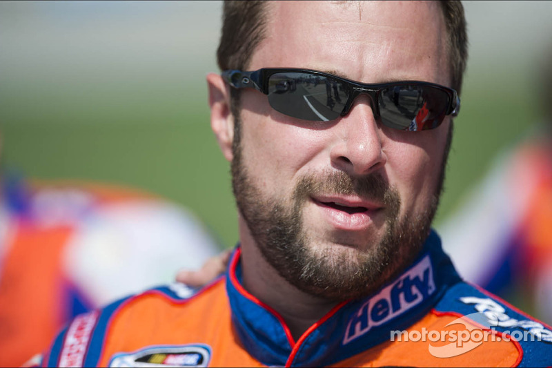 McClure bids for Daytona spot in Hefty Ultimate/Reynolds wrap Ford