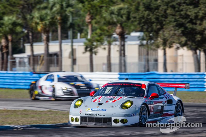 Porsche leads opening GTLM testing at Sebring