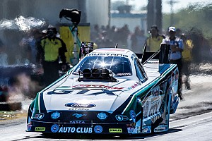 John Force races to provisional No. 1 in Pheonix