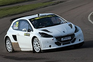 Villeneuve tests rallycross car at Lydden Hill