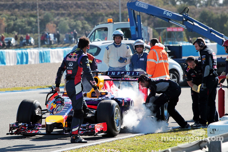 Renault asks for engine freeze extension