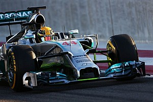 Mercedes V6 produces '580hp' - Lauda