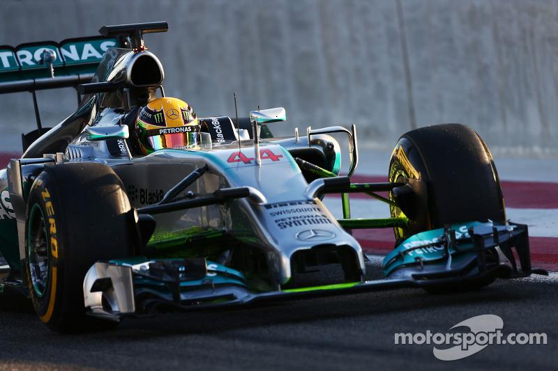 Mercedes V6 produces '580hp' - Lauda
