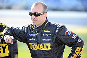 NASCAR Sprint Cup Analysis Should Marcos Ambrose be penalized for punching Mears?
