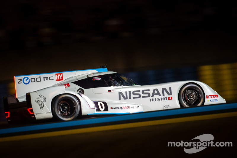 Nissan ZEOD RC hits its goal of 300km/h on Mulsanne Straight at Le Mans