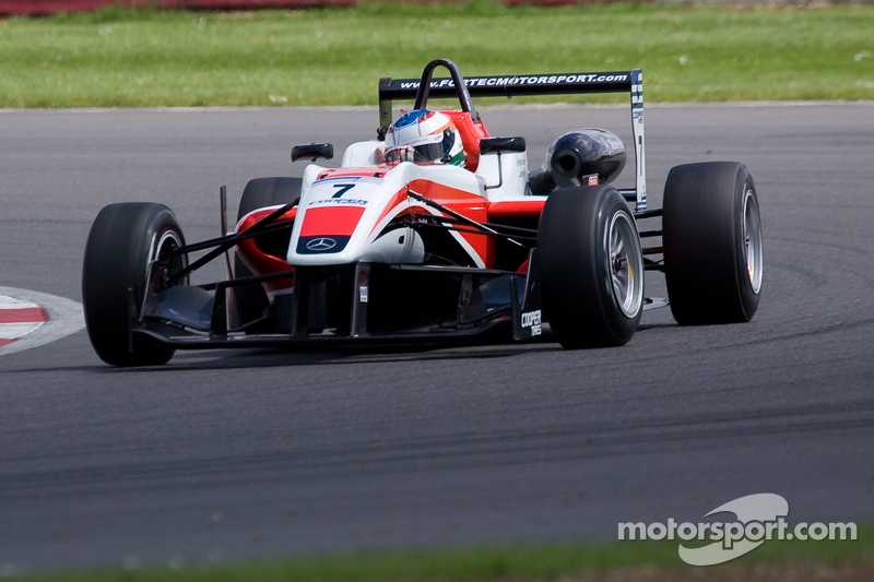 Rao takes surprise win at Snetterton
