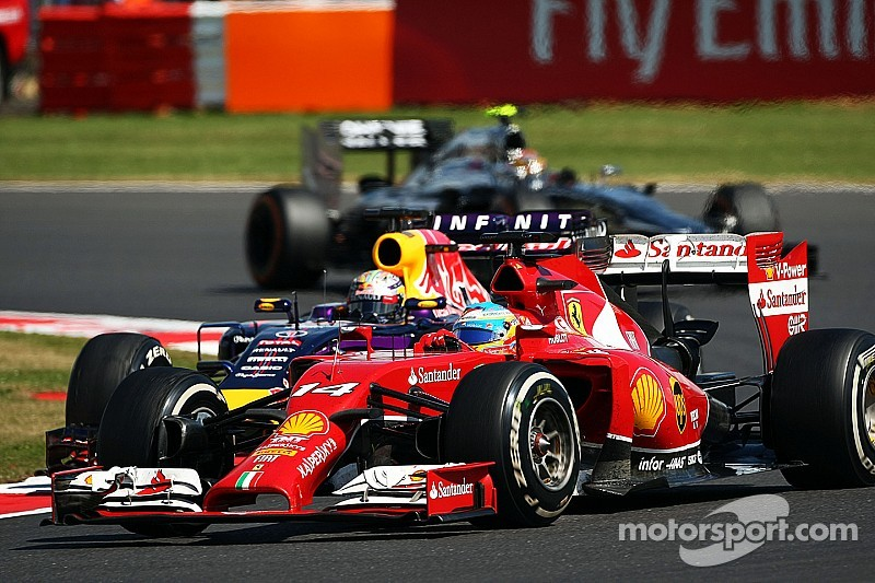 Fans enjoyed 'kindergarten' complaining - Vettel