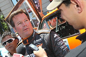 Robby Gordon fastest in Formula Off-Road; Paul Tracy back behind the wheel