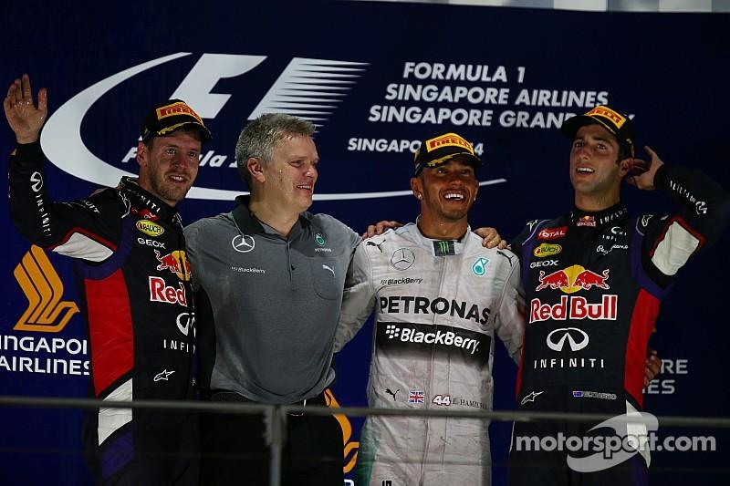 Lewis Hamilton retakes championship lead with Singapore GP victory