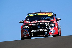 Coulthard tops qualifying and crushes Winterbottom's lap record
