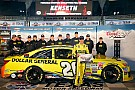 Kenseth beats Gordon for Texas pole