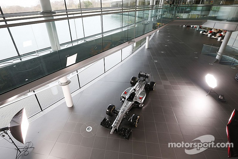 McLaren's head of aerodynamics put on gardening leave