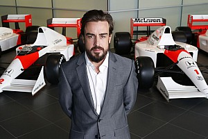 Alonso-McLaren 'mess' could be looming - Villeneuve