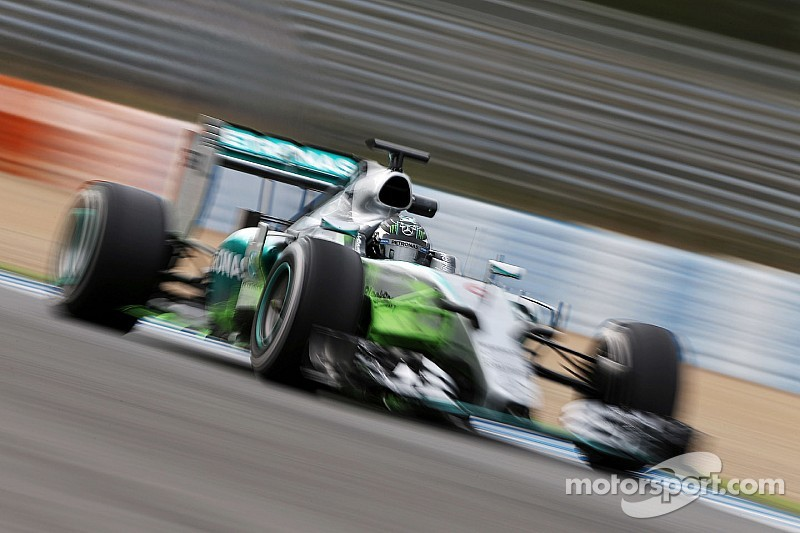 Rosberg battles the breeze in Barcelona to end the second pre-season test