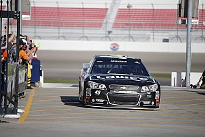 Atlanta winner Jimmie Johnson can't find Lady Luck in Las Vegas
