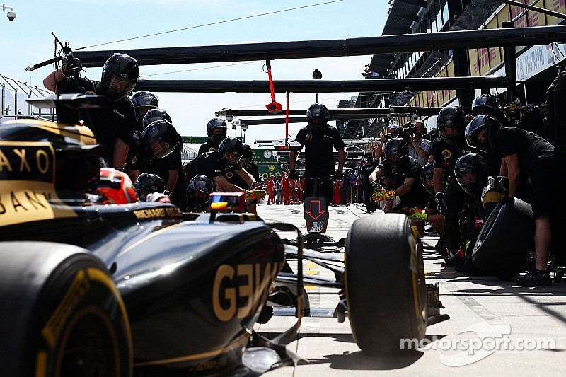Pirelli predicts at least two stops in Malaysia