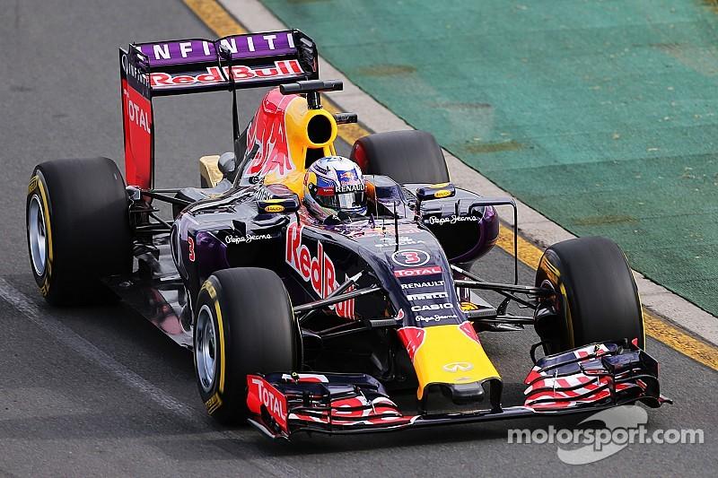 """Ricciardo admits Renault F1 """"tension"""" not helping"""