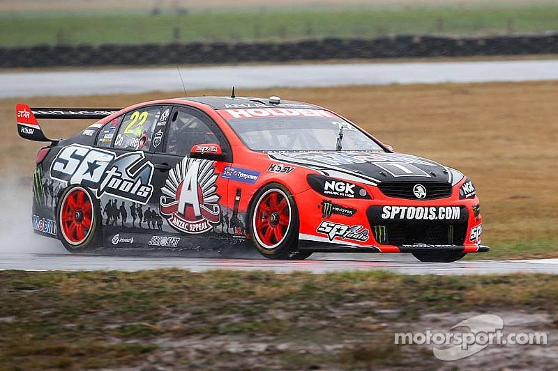 V8 Supercars leader James Courtney fired up at Tasmania SuperSprint
