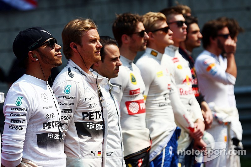 Drivers' and constructors' standings after Chinese GP