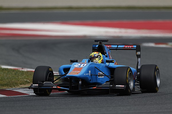 Varhaug ends Barcelona GP3 test on top