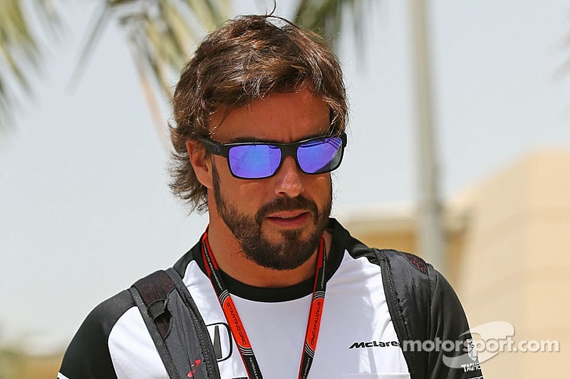 Dennis has no doubts about Alonso's future