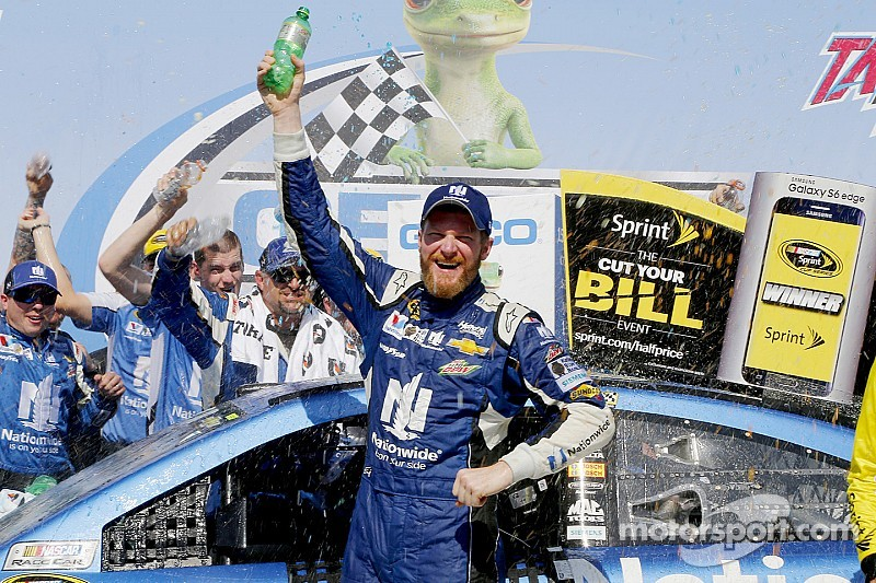 Emotional Earnhardt earns Talladega victory