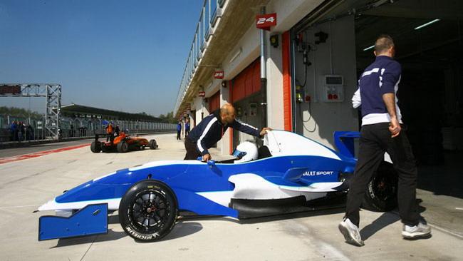 Enrico Pison è il terzo pilota della Torino Motorsport