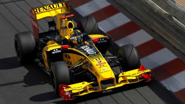 Monaco, libere 3: Kubica leader, Alonso sbatte