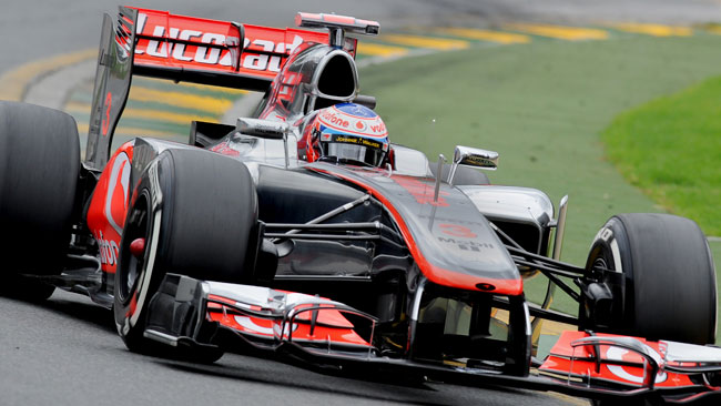 Melbourne, Libere 1: Button guida l'1-2 McLaren