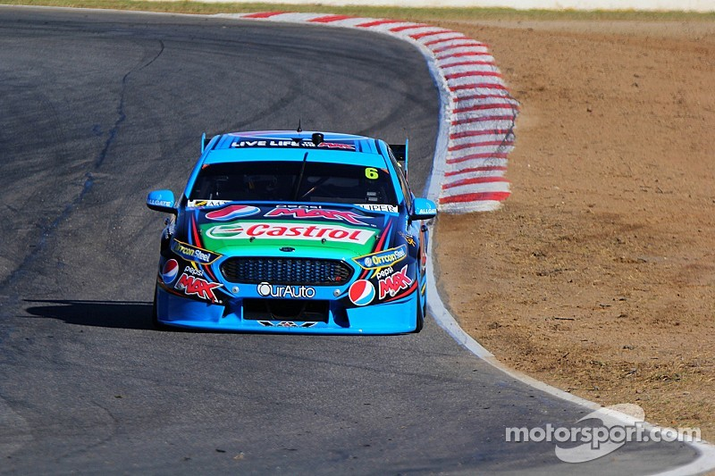 Mostert takes both V8 poles at Winton