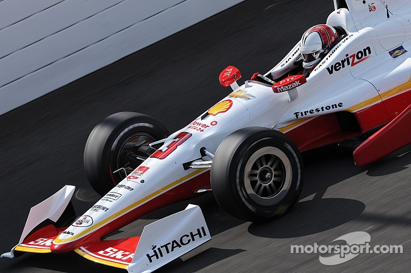 Castroneves throws down 233.474mph lap Saturday morning