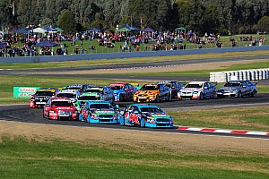 V8 drivers back compact calendar plan