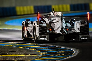 Le Mans Race report Le Mans 24 Hours: Bamber leads as dawn breaks
