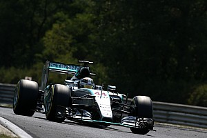 Hungarian GP: Hamilton outpaces Rosberg again in FP3