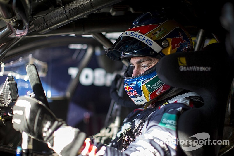 """Lowndes looking for Sydney """"help"""" in title fight"""