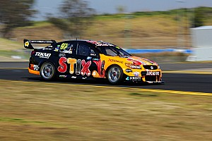V8 Supercars Practice report Van Giz fastest, Courtney out