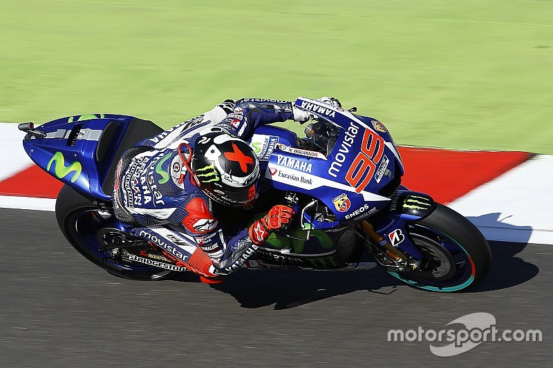 Yamaha set the pace at Silverstone