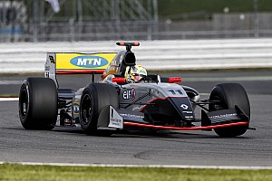 Formula V8 3.5 Qualifying report Silverstone FR3.5: Ellinas beats title contenders for maiden pole
