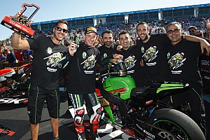 World Superbike Race report Sykes wins Jerez Race 1 as Rea clinches WorldSBK crown